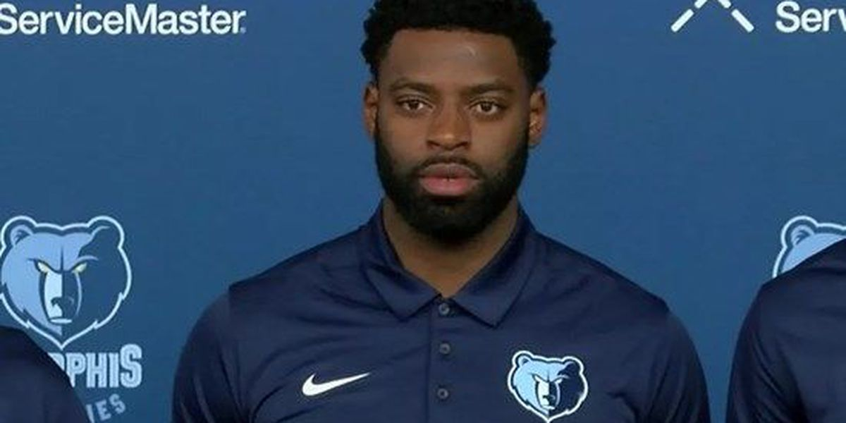Grizzlies bench Tyreke Evans in preparation for a trade