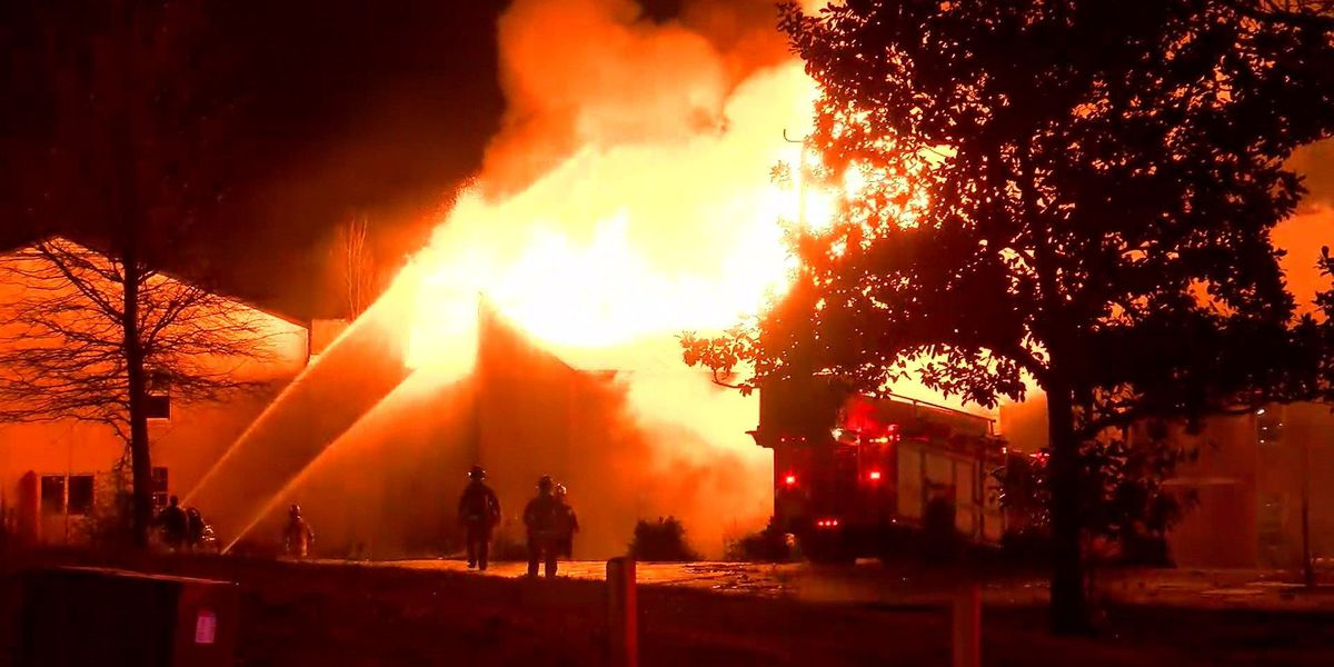 MFD investigates arson that torched 4 apartment buildings