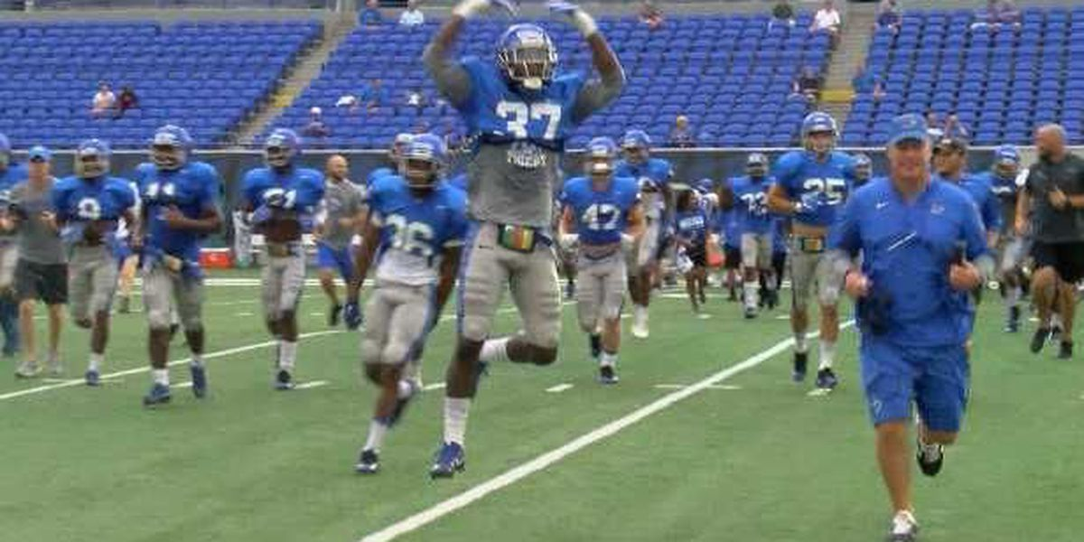 Coach Norvell pleased with depth in final scrimmage before season opener