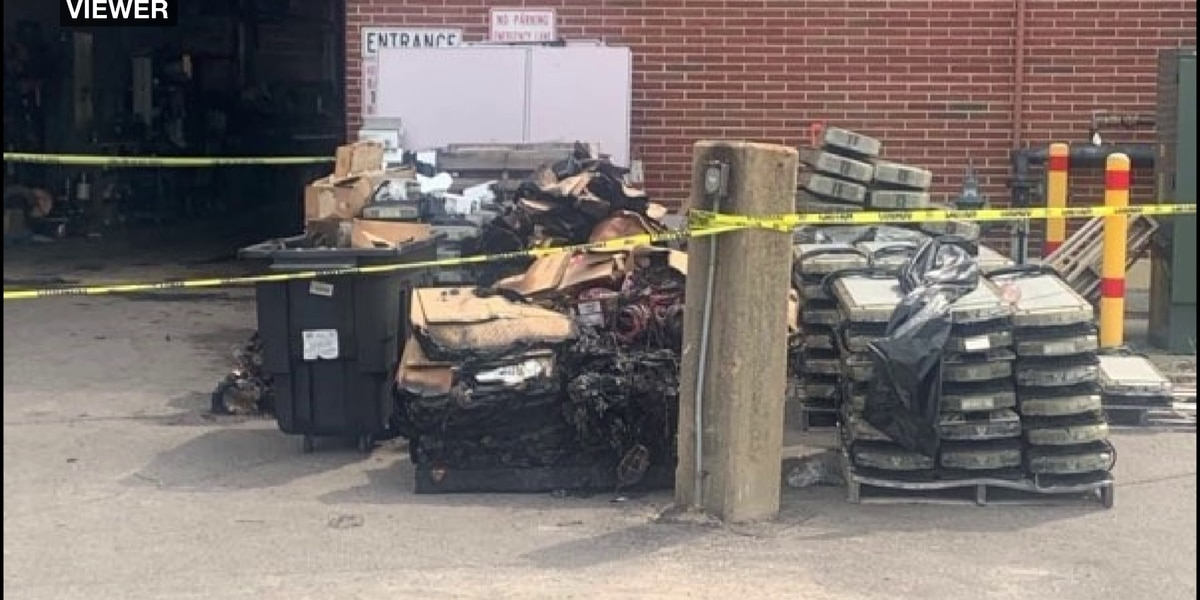 Fire causes damage to Memphis emergency communications center