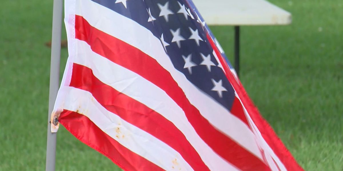 Memphis National Cemetery holds private Memorial Day ceremony