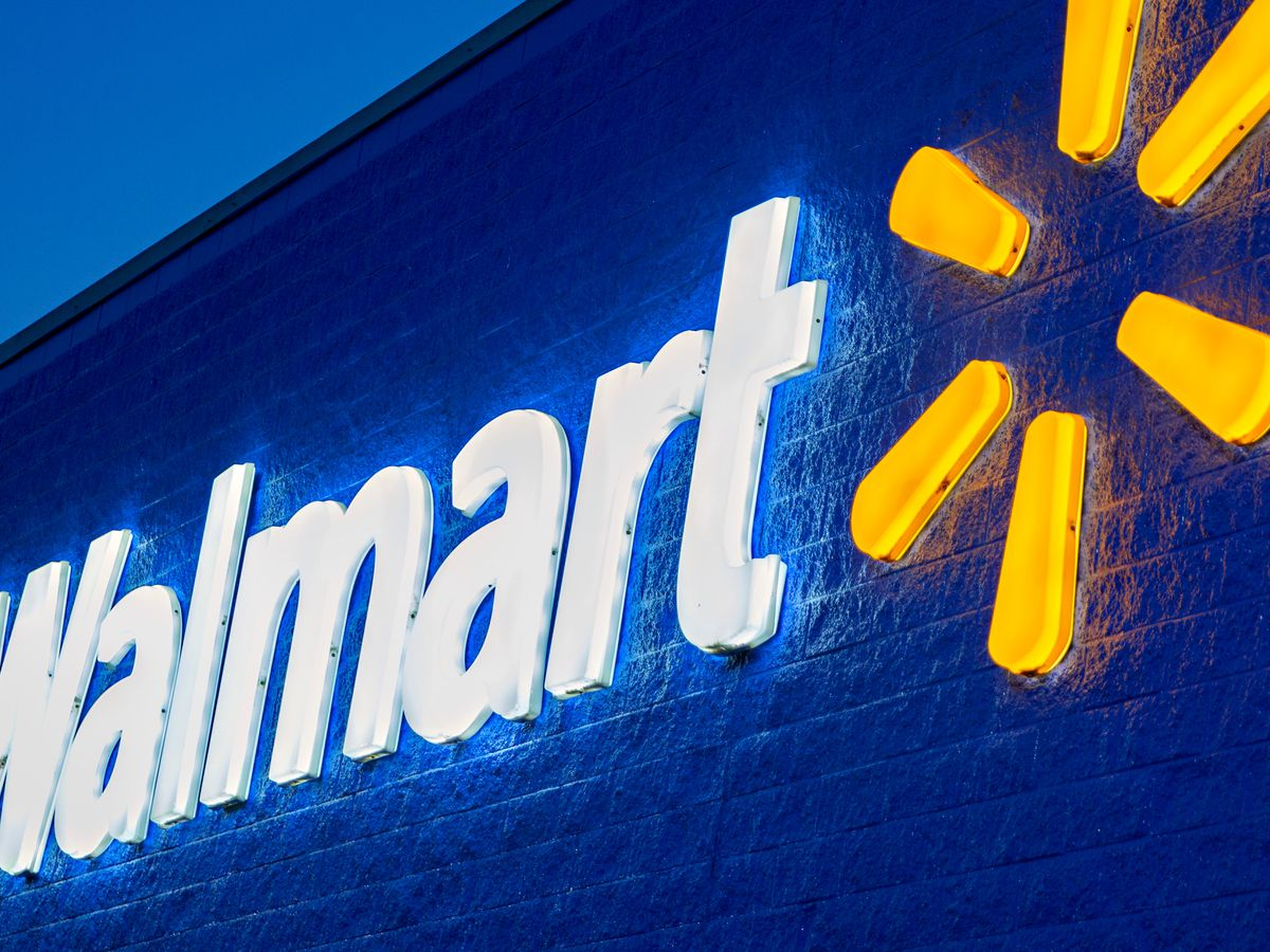 Walmart drops mask requirement for vaccinated customers, employees