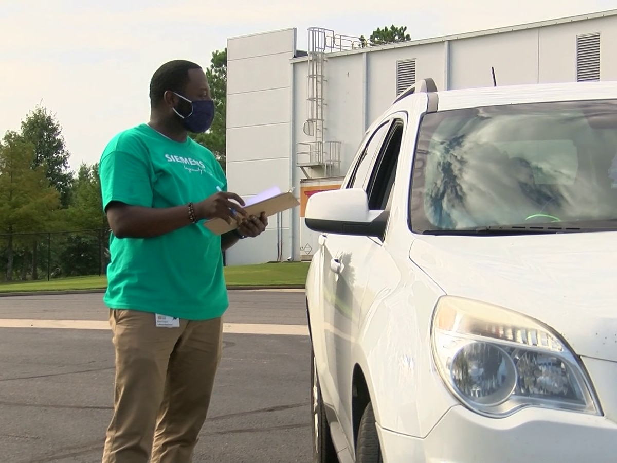 Southaven company gets creative by hosting drive-thru job fair