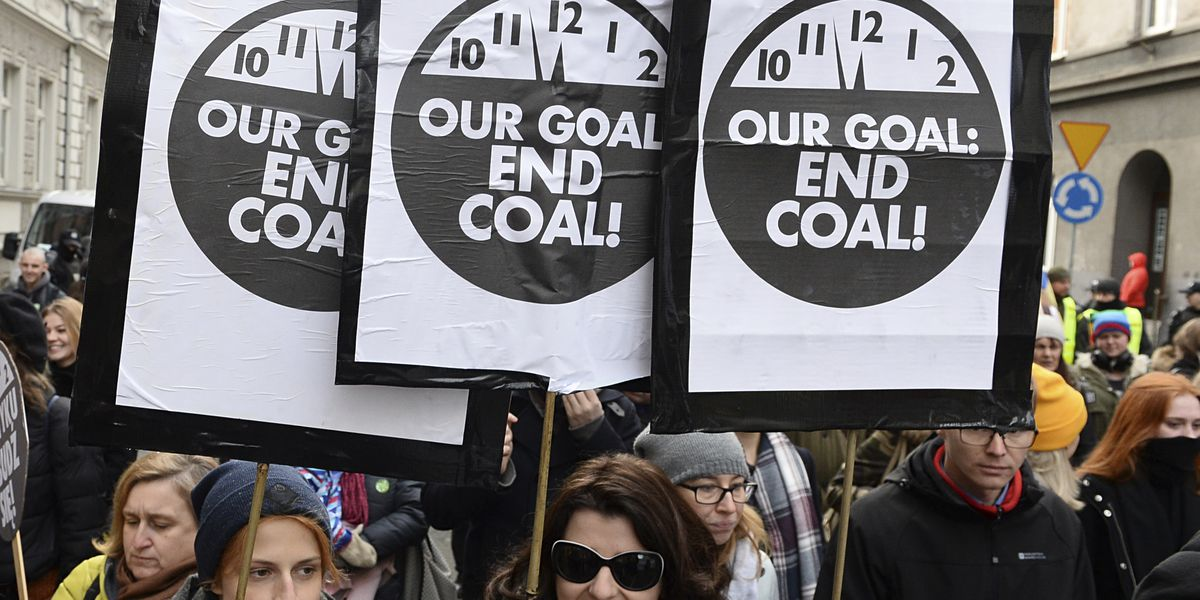 Big investors call for carbon price, end to coal power