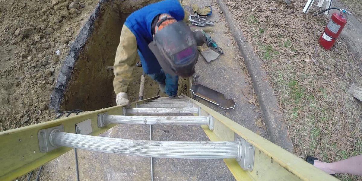 MLGW crews work to restore water pressure, debunk plans to disconnect water