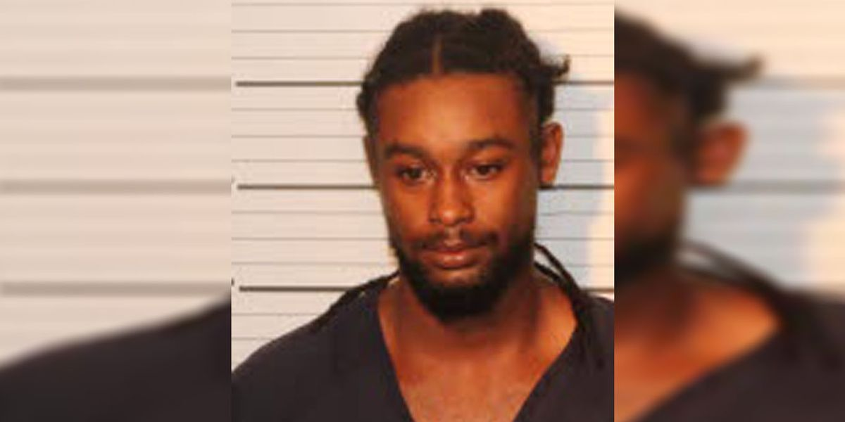 Man charged for pushing pregnant girlfriend out of moving vehicle, police say