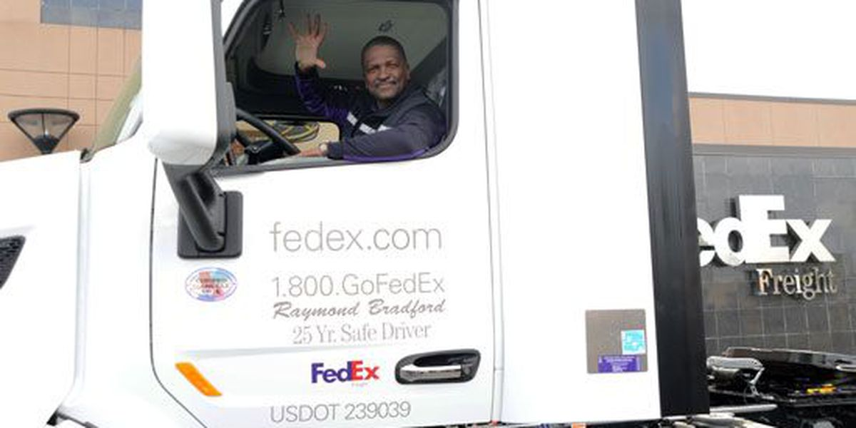 FedEx Freight driver awarded for 25 years without crash