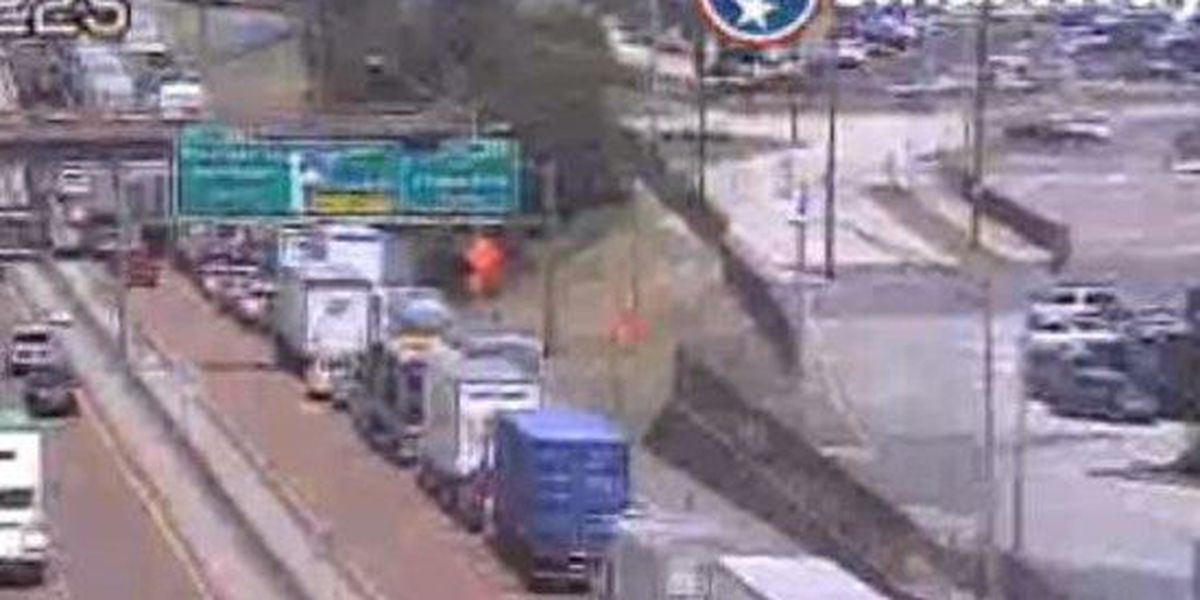 Traffic slowed on I-55N near the bridge over the Mississippi River