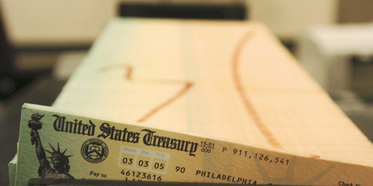 Retiree checks to rise 1.3% in 2021 amid coronavirus fallout