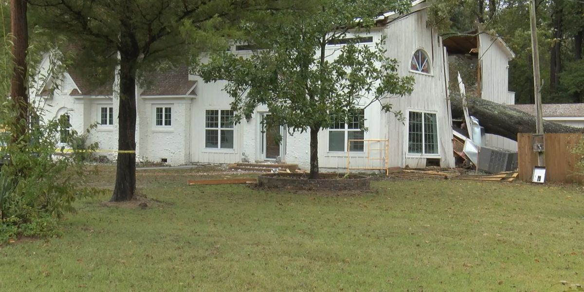 Tupelo mayor OK after tree falls on home temporarily trapping him