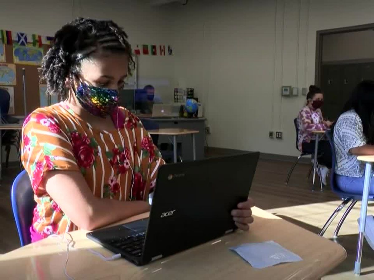 Almost all southern Arizona school districts will keep mask requirements despite Ducey's announcement