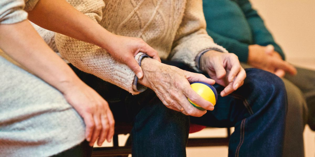 Best Life: Common meds linked to dementia
