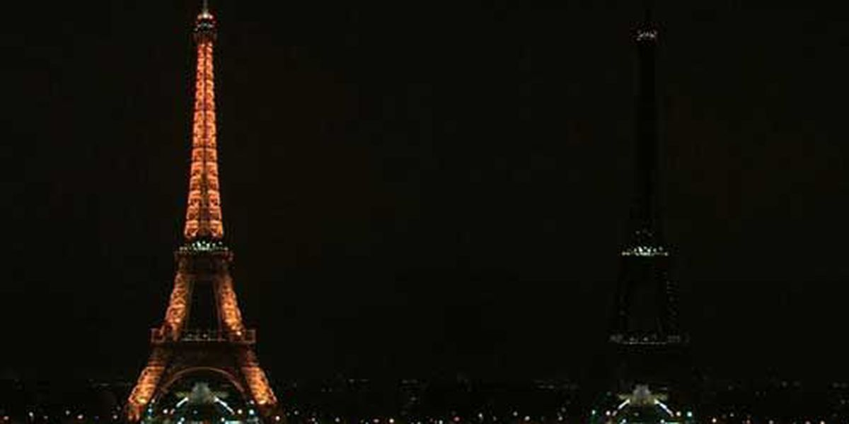 Eiffel Tower goes dark to honor London terror attack victims