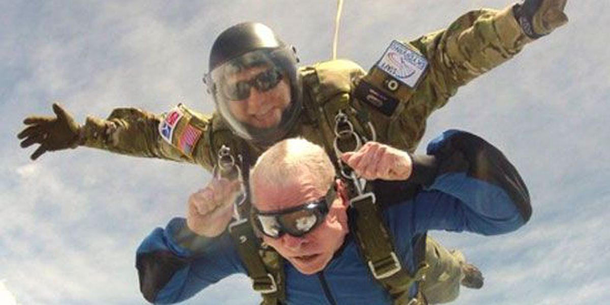 WWII vet goes skydiving at 95 years old