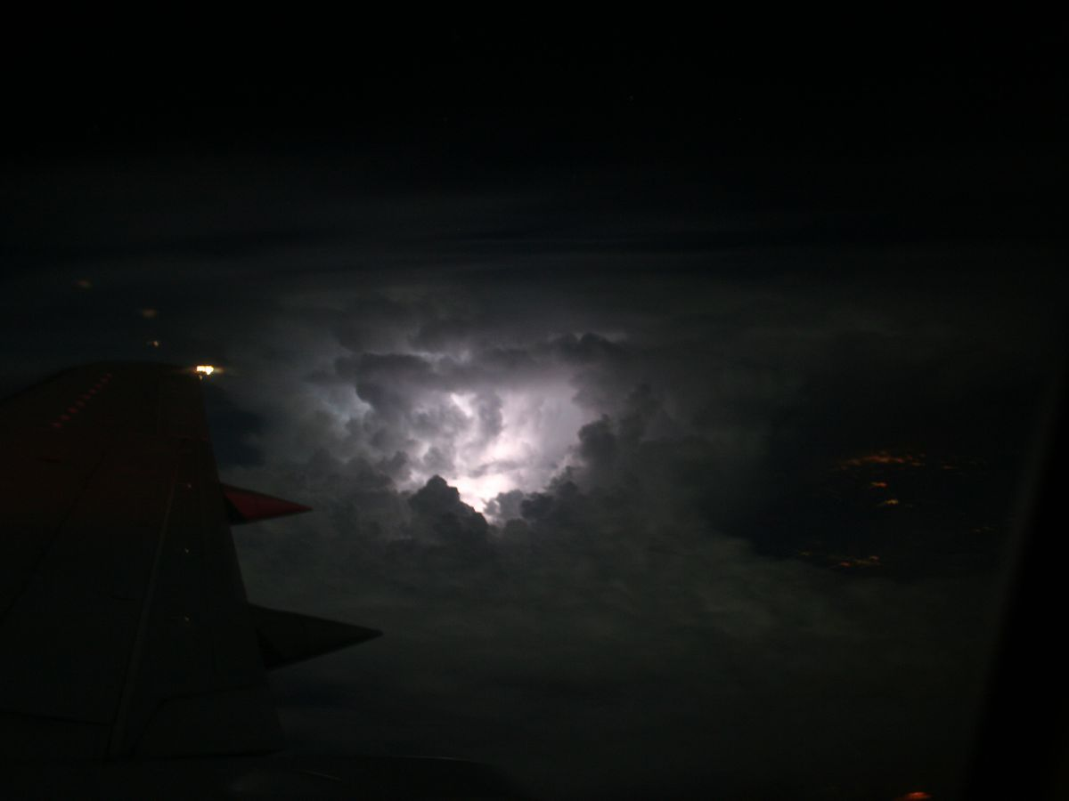 Breakdown: Why heat lightning isn't a thing