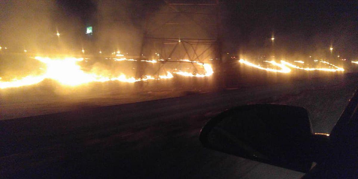 Facebook user captures large grass fire along I-240