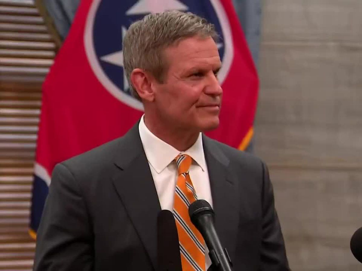 Tennessee governor signs new military and veterans bills