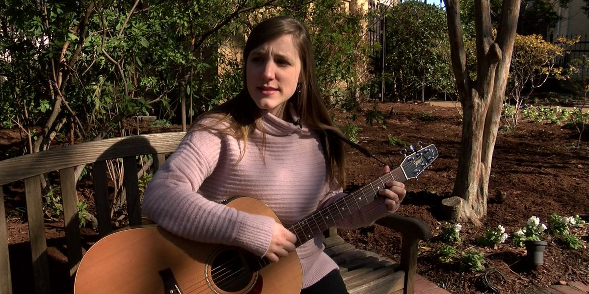 St. Jude music therapist brings song, love to help patients on their journey