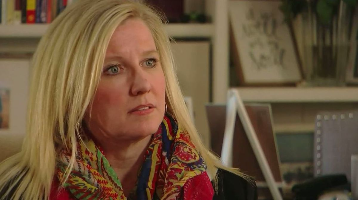 'My whole entire life unraveled': Woman learns man who raised her isn't biological father from at-home DNA tes