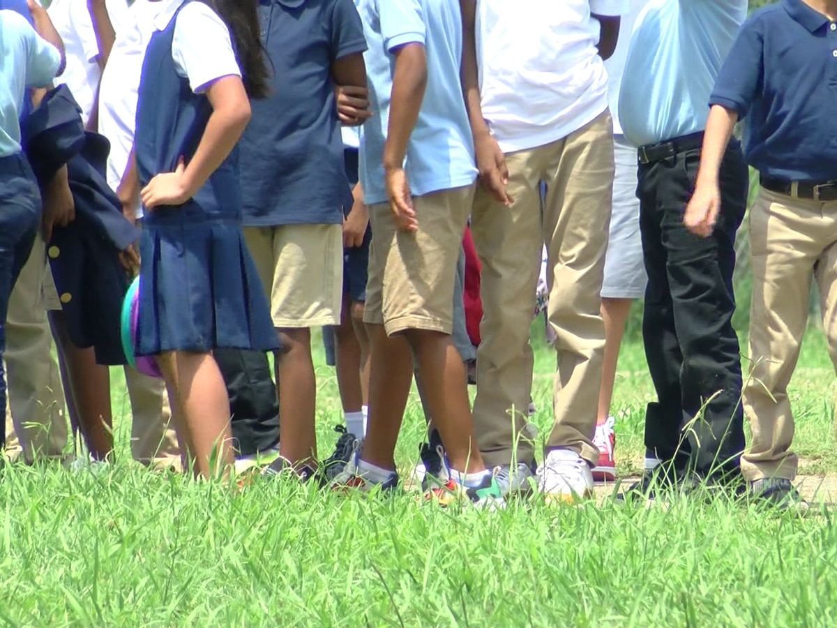 Excessive heat in the Mid-South prompts cancellation of sports practices