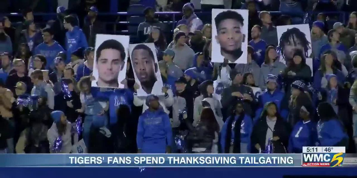 Tigers Fans spend Thanksgiving on Tiger Lane