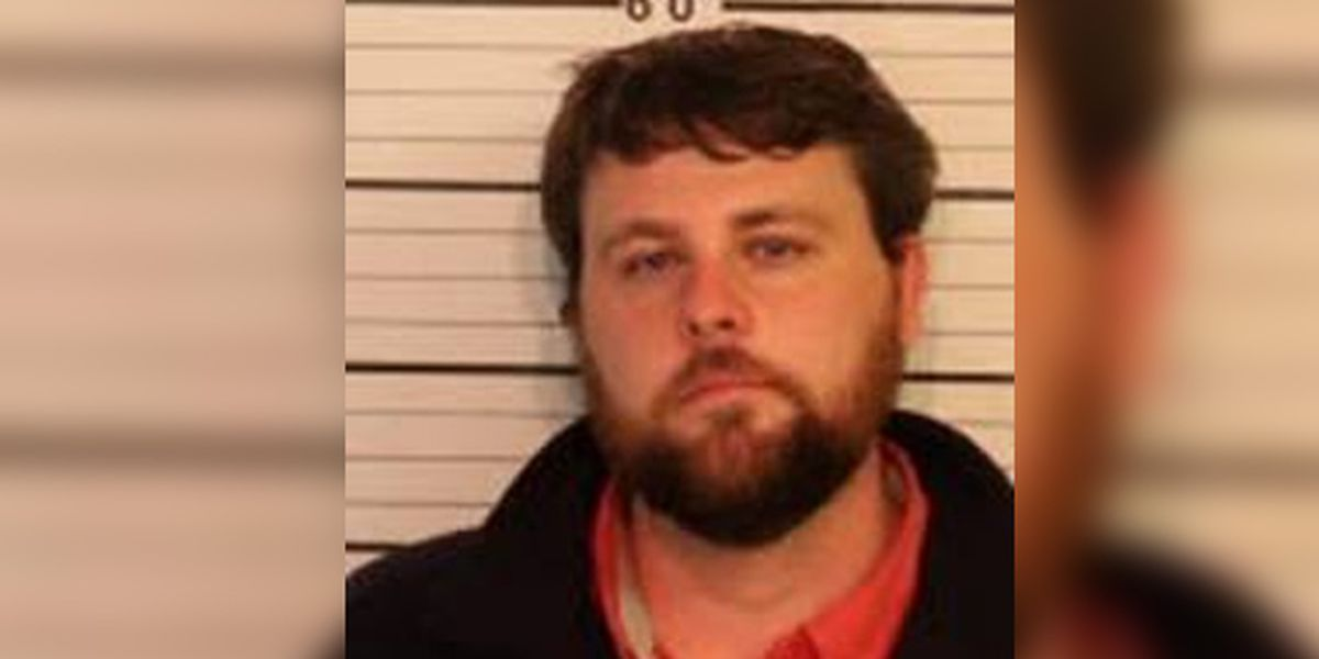 Man charged with killing girlfriend, disguising it as suicide