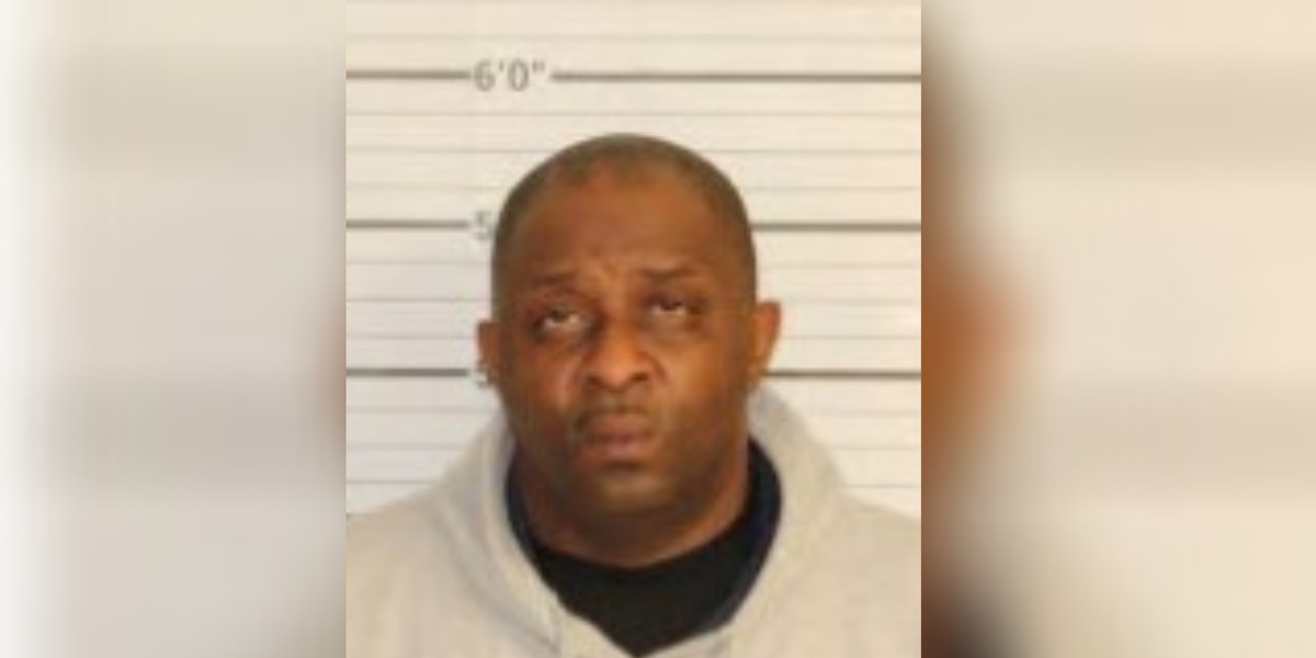 Mason mayor Emmit Gooden arrested for DUI, officials say