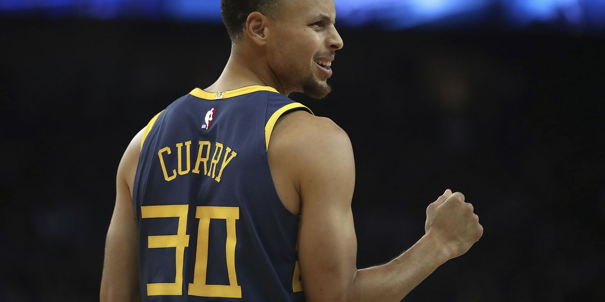 Curry, Warriors pummel Grizzlies sans Conley