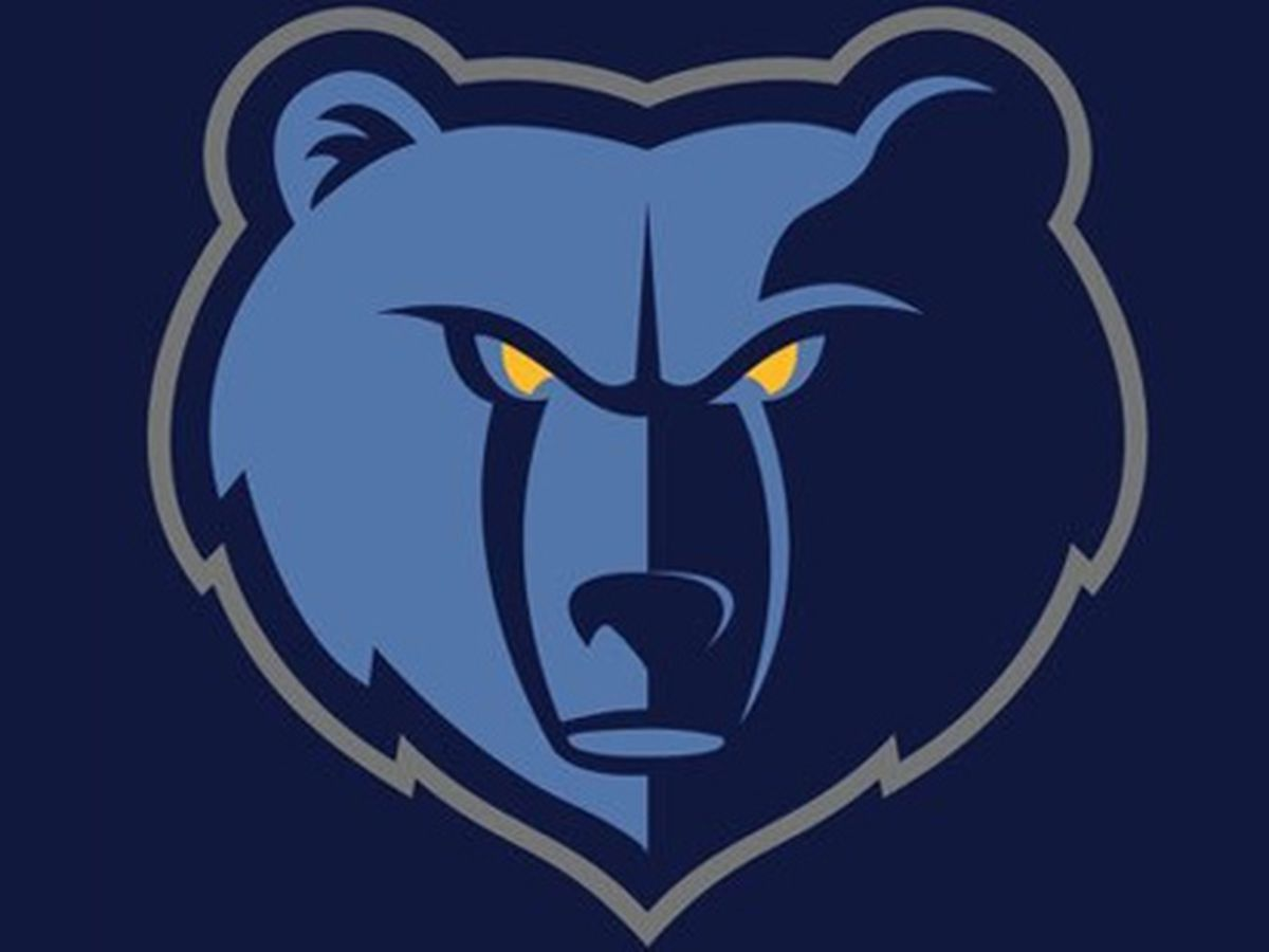 Short-handed Grizzlies rally falls short at Chicago