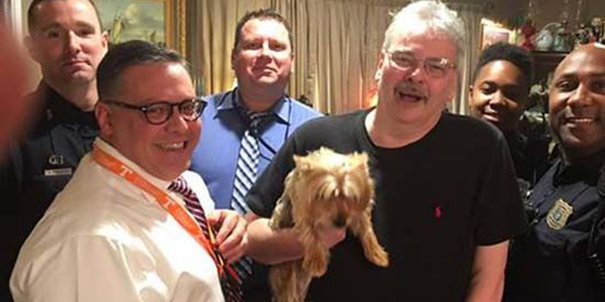 Dog reunited with owner after being stolen by 3 girls