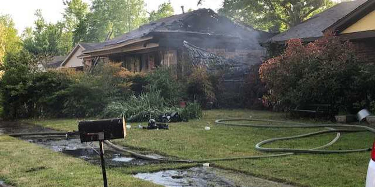 Two homes damaged in Frayser fire