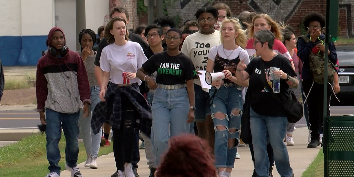 Crosstown High students protest against education changes