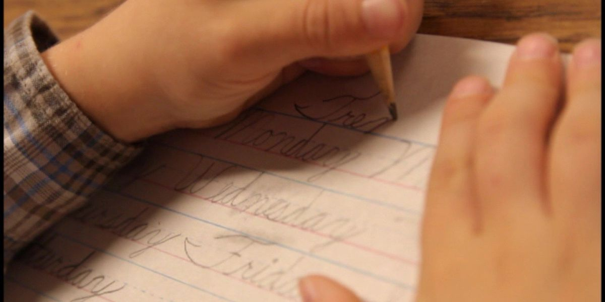 Bill to require students to learn cursive passes MS Senate