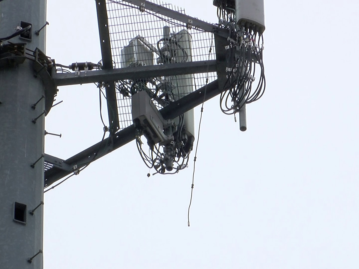 MFD investigating 4 fires intentionally set at cellphone towers