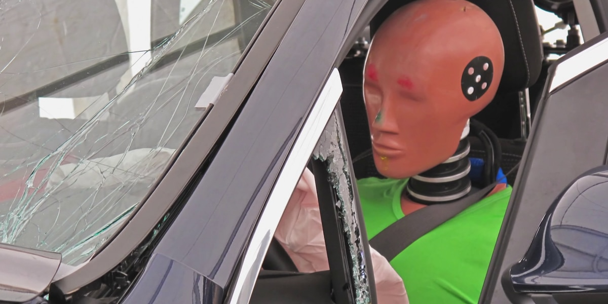 Consumer Reports investigates the crash test bias and why female drivers are at risk