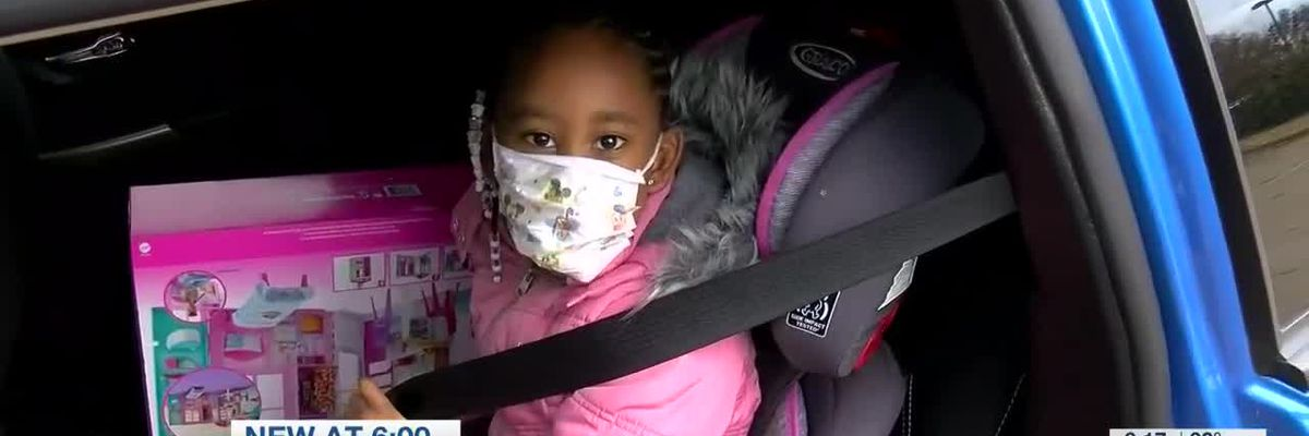 MPD spreads holiday cheer to 5-year-old girl