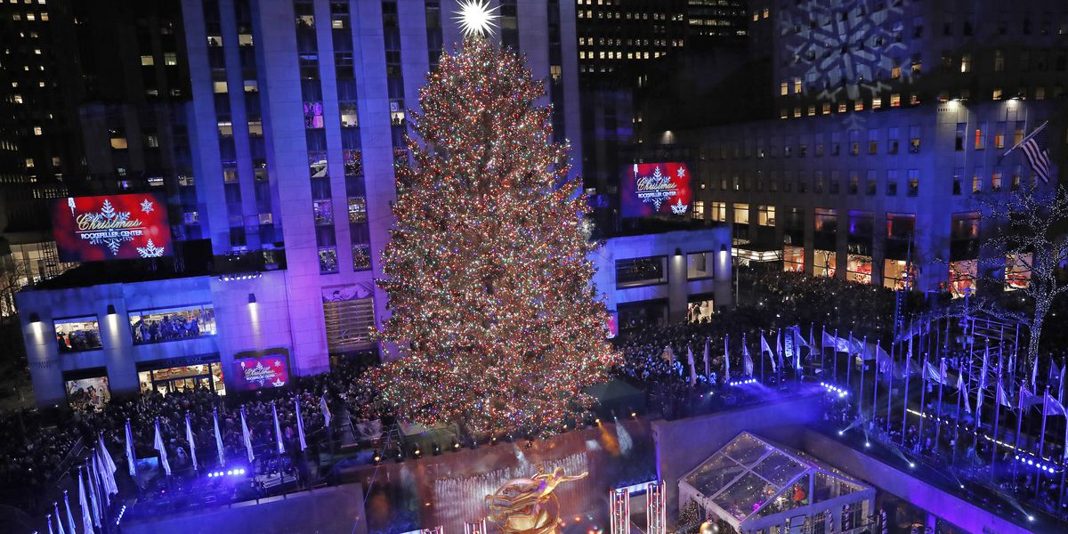 'Tis the season: Rockefeller Center Christmas tree lights up