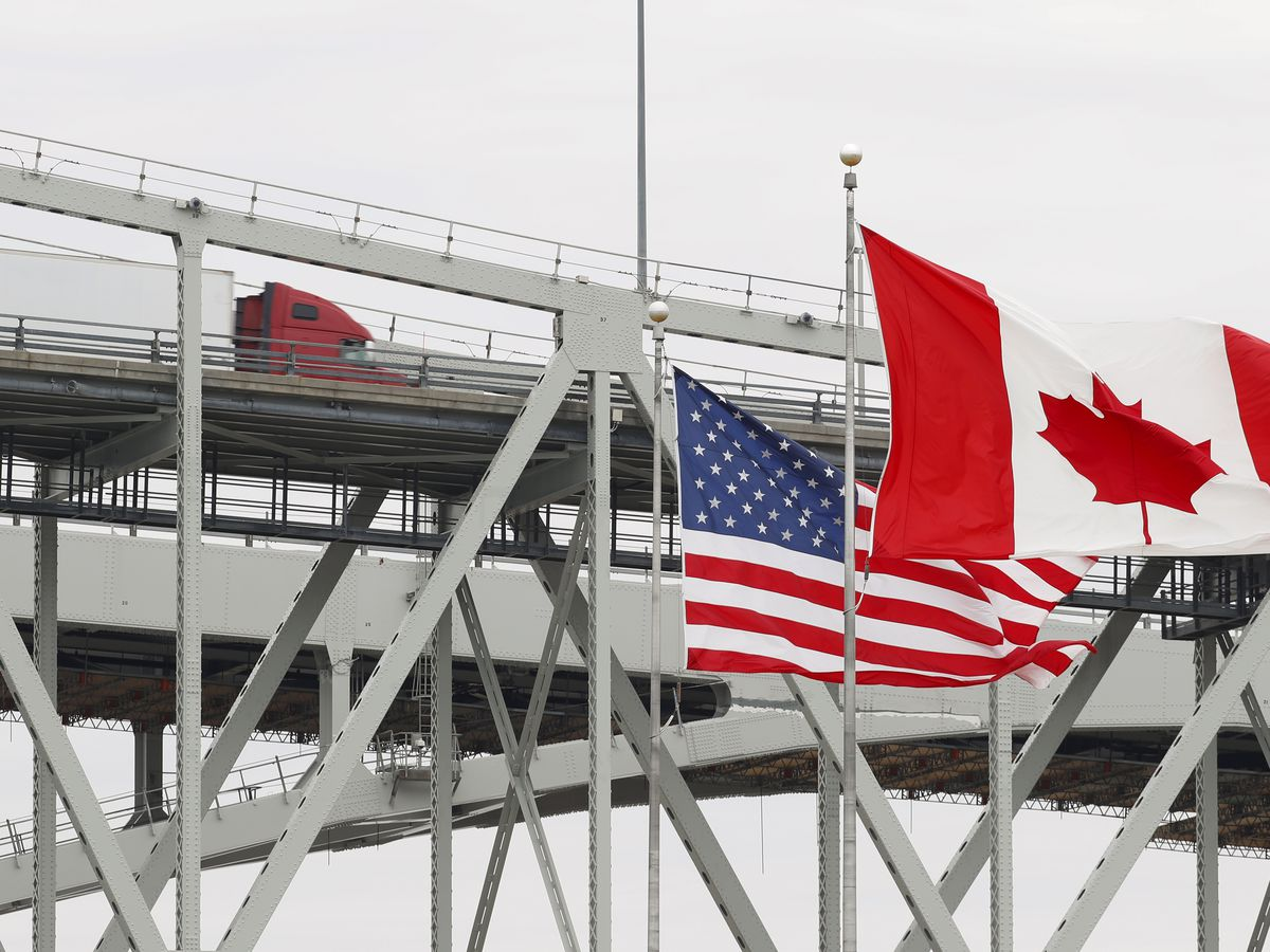 Canada extends U.S. border restrictions to Oct. 21
