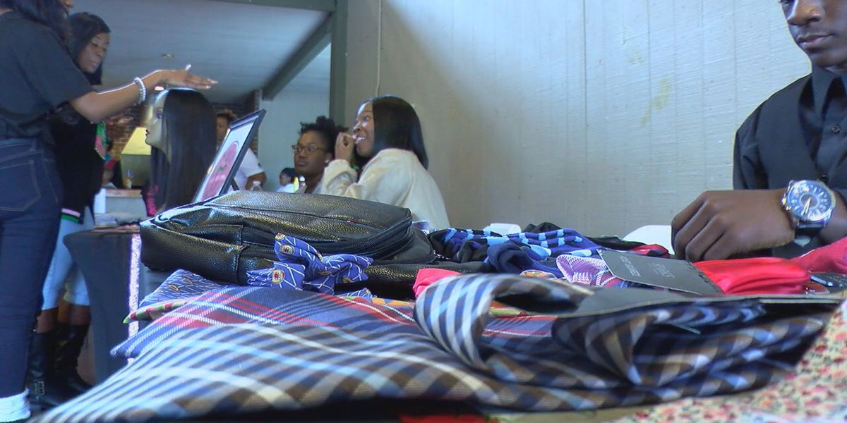 Sorority holds first black entrepreneur Holiday shopping pop-up