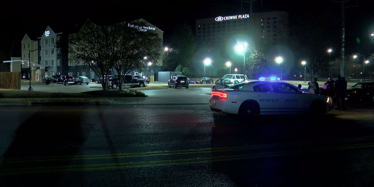 Memphis police fire shots at hotel, 3 suspects wanted for nearly hitting police with car
