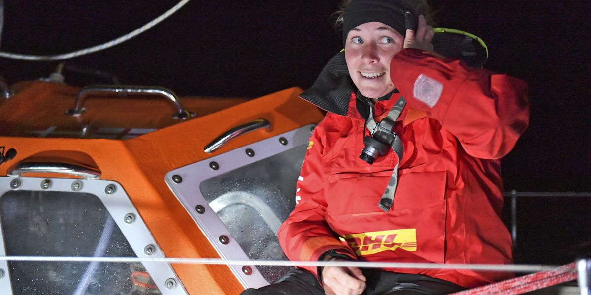UK round-the-world sailor being rescued after losing mast