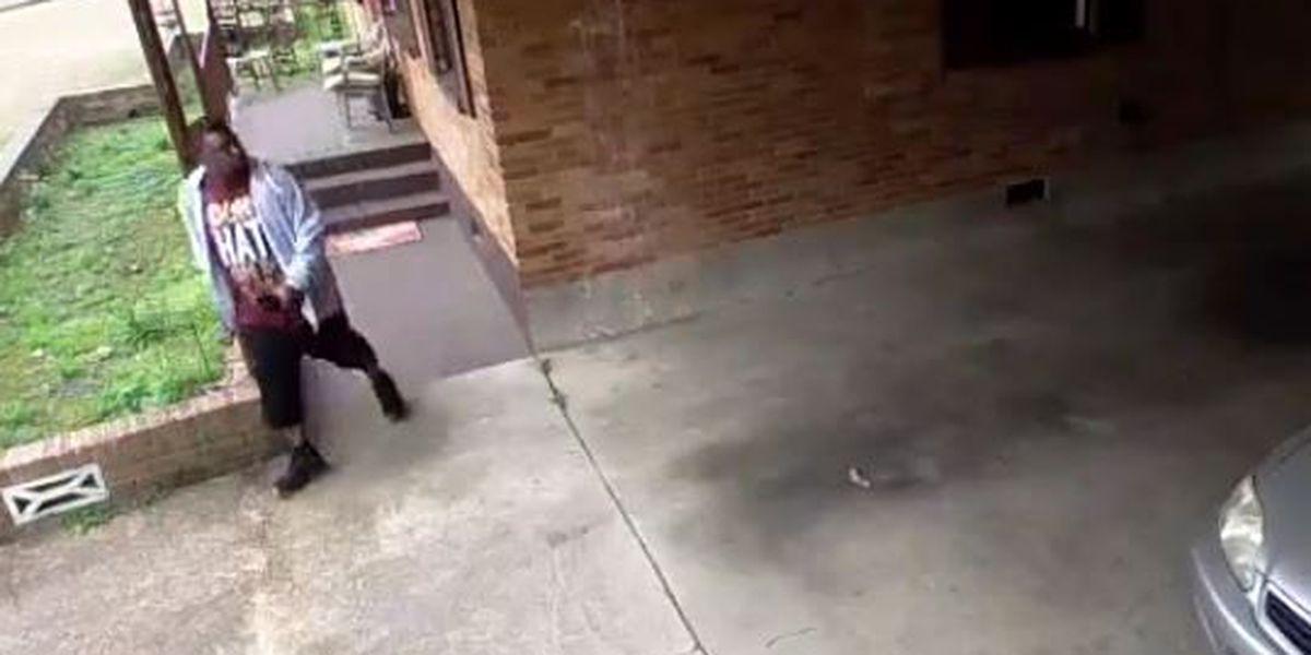MPD seeking burglary suspect caught on camera