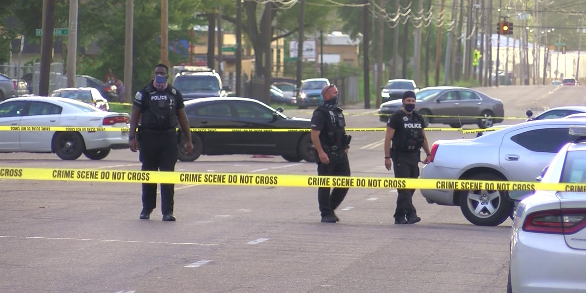 MPD: Suspects on the run after deadly double shooting in Hollywood