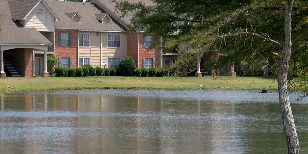 Investigation underway after 20-year-old Miss. man drowns in apartment complex pond