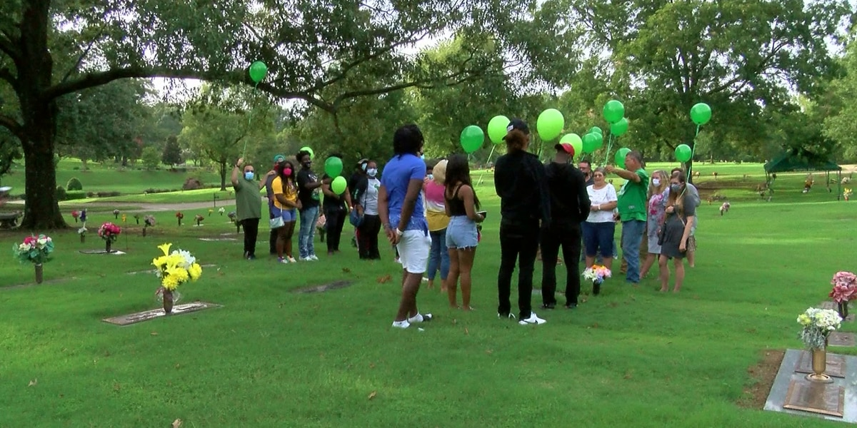 Balloon launch held in honor of former White Station football player who was killed one year ago