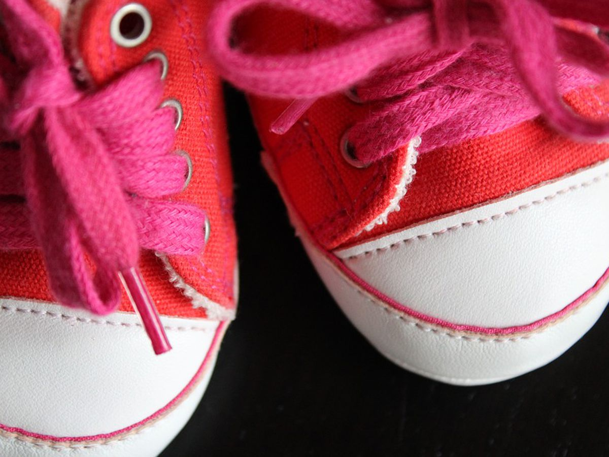 BBB warns of toddler shoe retailer not making deliveries