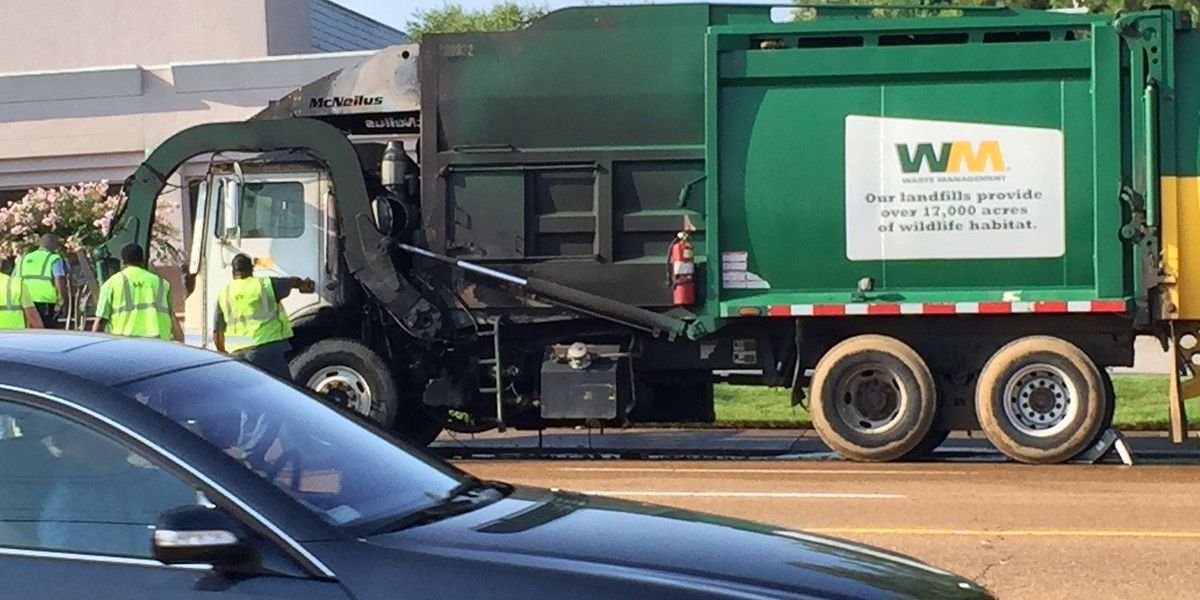 Garbage truck fire shuts down eastbound traffic at Kirby, Poplar