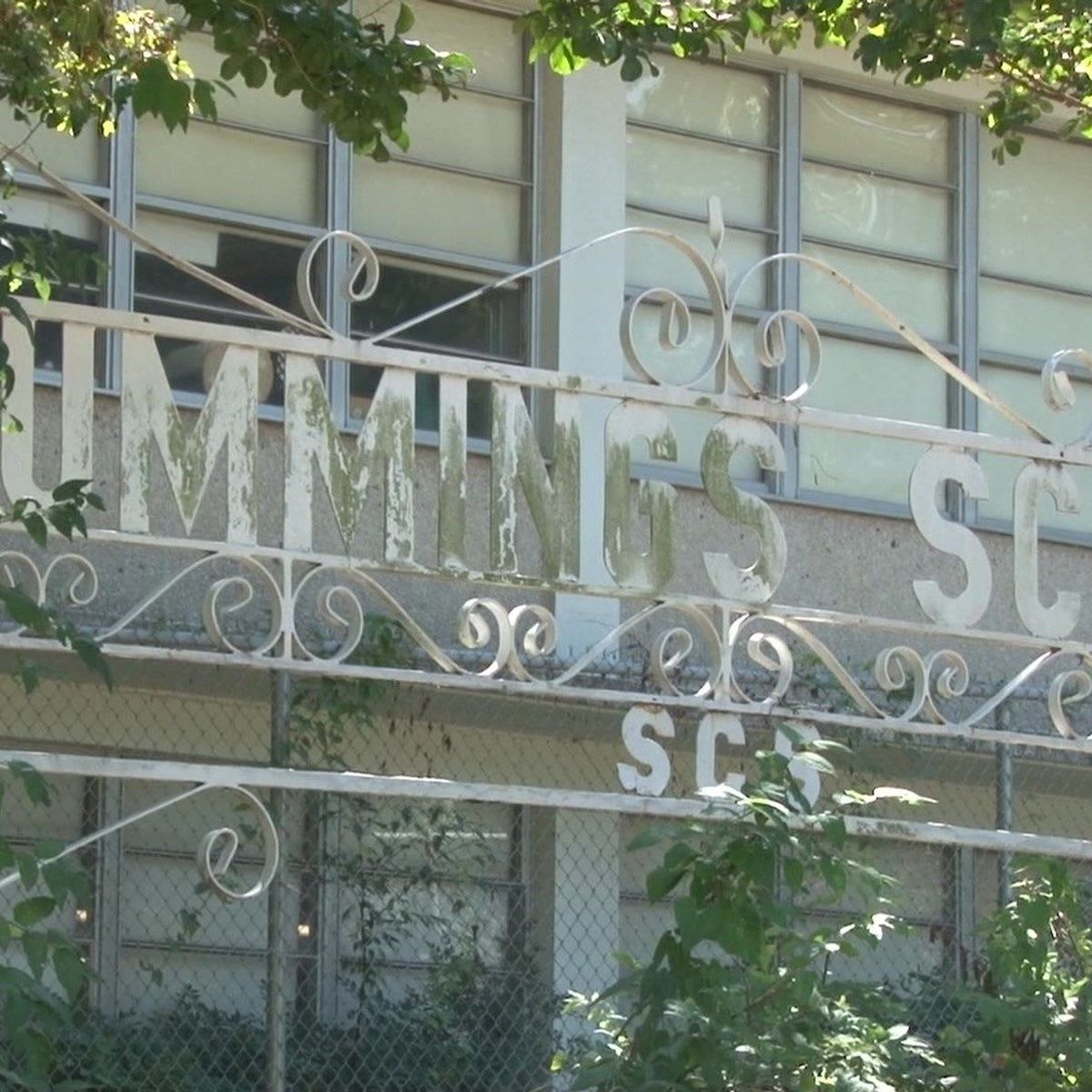 Police investigate bomb threat at Cummings Elementary
