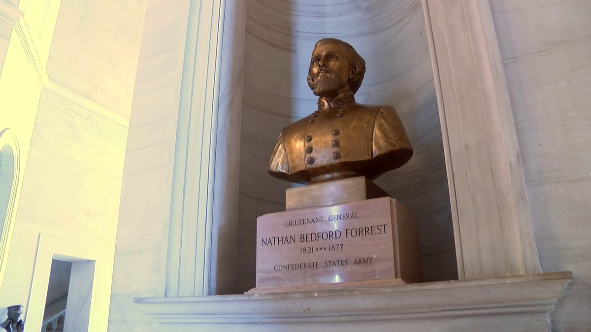 Tenn. State Capitol Commission approves moving Nathan Bedford Forrest bust