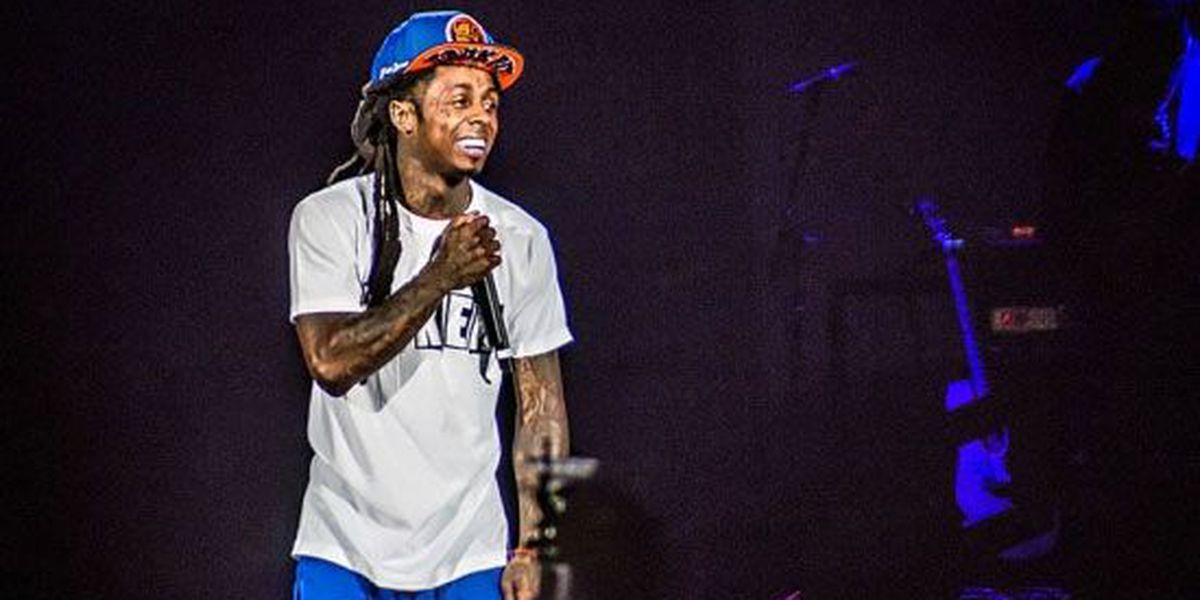 Lil Wayne reportedly in hospital after multiple seizures